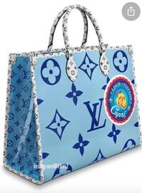 Beautiful totes in different colours Mississauga, L4Z 3M4