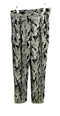 Bellow Leaf Pants with Pockets