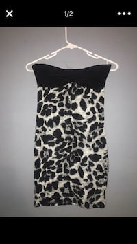 women's black and white sweetheart dress