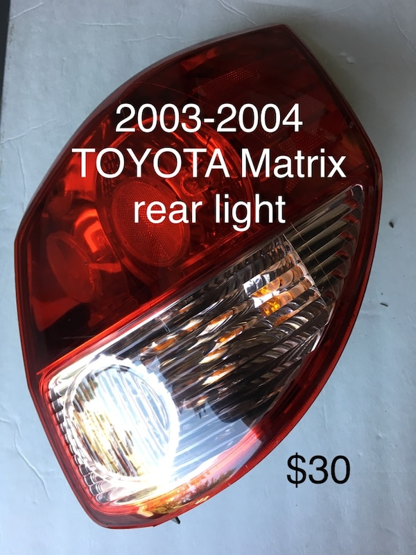 03-04 Toyota Matrix rear light