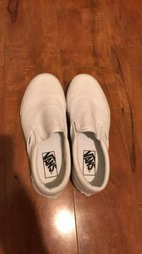 pair of white Vans slip-on shoes Washington, 20002