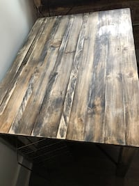 Solid pine dining table Alexandria, 22314