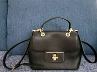 Michael Kors Black leather 2-way handbag Vancouver, V5R 2V8