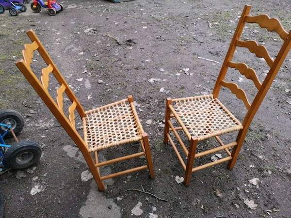 2 chairs 2 chaises