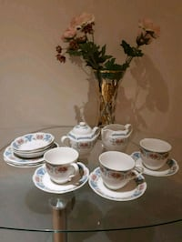 Coffee set for 3 / made in England  Pointe-Claire, H9R