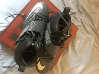 Pair of black nike football cleats Size: 11.5 Greenlawn, 11740