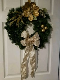 Gold Holiday Wreath Oxon Hill
