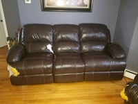 brown leather 3-seat recliner sofa Lexington, 02421
