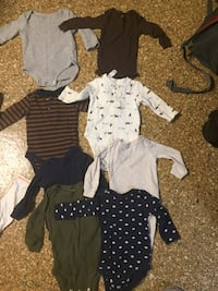 Lot 8 carters long sleeved onsies  Pulaski, 24301
