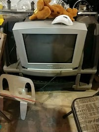Tv with stand  Royal Oak, 48073