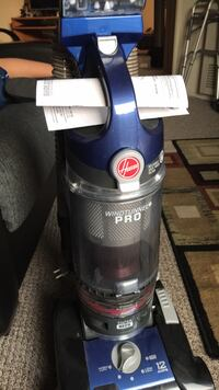 Hoover, Windtunnel Pro, like new Los Angeles, 91607
