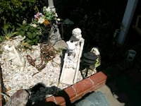 7.50 and up lawn decorations Anaheim, 92807