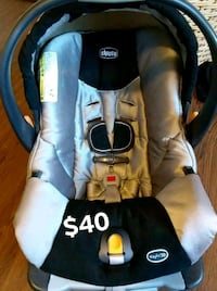 SILVER CHICCO BRAND INFANT CARSEAT CAR SEAT San Antonio, 78218