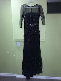 Quarter sleeve black evening dress