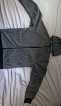 Grey adidas sweater  Mississauga, L5C 1H9