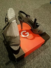Guess sandals Brand New size 8