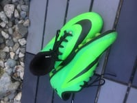 Nike HyperVenoms/ size 5 men/ used but in very good condition
