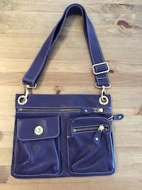 Roots Purple Leather Bag - New Kitchener, N2A 0G7