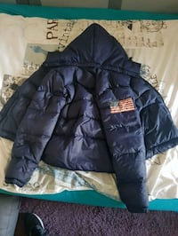 blaue Zip-Up-Luftpolsterjacke 6549 km