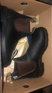 SELLING UNISEX BLUNDSTONE BOOTS 10/10 Mississauga, L5E