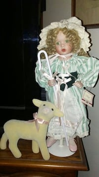 Ashton-drake galleries porcelain doll