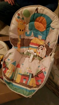 Battery operated baby swing Calgary, T2Y 3X7
