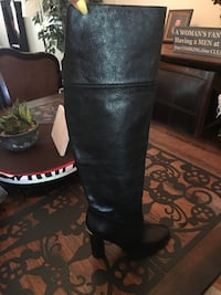 MICKAEL KORS NEW  leather knee high boot SIZE 5