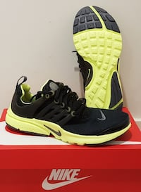 "Baskets ""Nike"" air presto gs pointure 37,5"