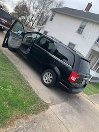 2008 Chrysler Town & Country Niles