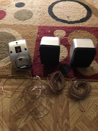 3 zenith mini speakers with wire for any tv or stereo Upper Darby, 19082