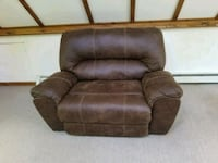 brown leather recliner sofa chair New Hampton, 03256