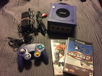 Nintendo Game Cube with 2 Games  Ajax, L1T 1V1