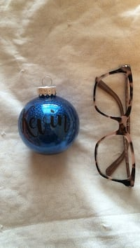 Kevin tree decoration (glasses for size) Toronto, M6B