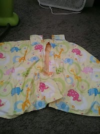 white, pink, and green floral car seat cover 2379 mi