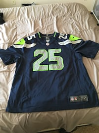 Seahawks and Blazer Jersey Vancouver, 98661
