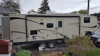 Sportsman 5th wheel with 2 slide outs and bunks.  Port Colborne, L3K 2P3