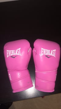 Pink Boxing Gloves District Heights, 20747