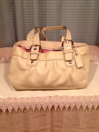 White Coach Handbag Temple Hills, 20748