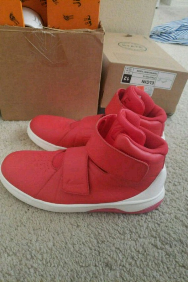 6e8cbfa82 Used Nike red shoes 10.5 for sale in San Clemente - letgo