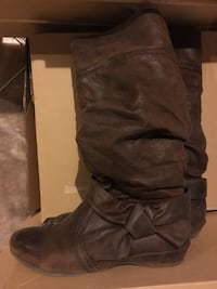 Womens brown boots size 7.5 King, L7B 0C6