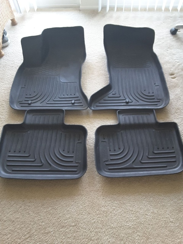 Used Husky Floor Mats For Chrysler 300 Awd For Sale In Ypsilanti