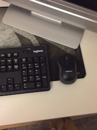 Wireless mouse and keyboard + mouse pad
