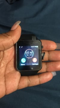 Black smartwatch with black strap Long Beach, 90805