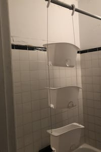 Shower caddy Montréal, H3S 1G2