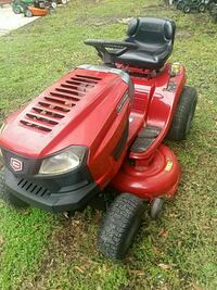 Craftsman riding tractor very good condition ready Slidell, 70460