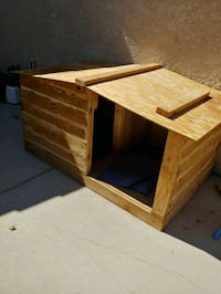 Xtra large solid wood dog house  Albuquerque, 87114