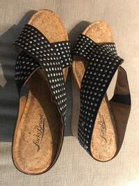 Name brand sandals Los Angeles, 90015