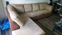 brown and black suede sectional couch Montréal, H8N 2J9