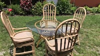 round white metal table with four chairs patio set West Palm Beach, 33405