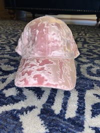 Pink suede hat Baltimore, 21237